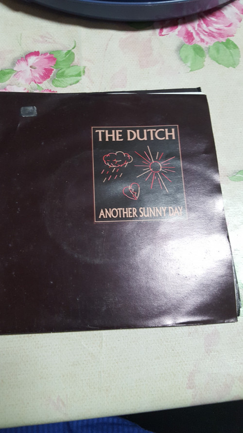 single the dutch anothex sunny day