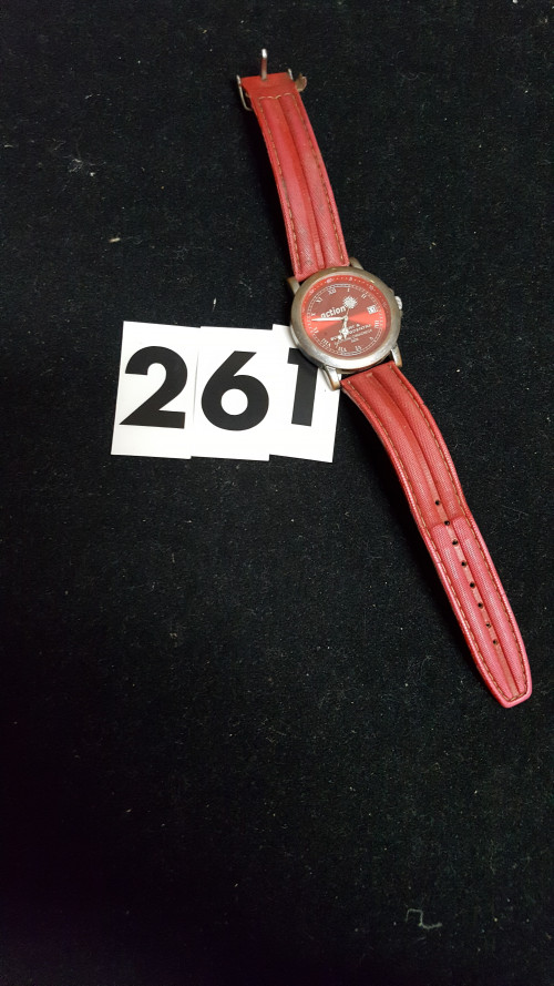 s [261 ]horloge rood action
