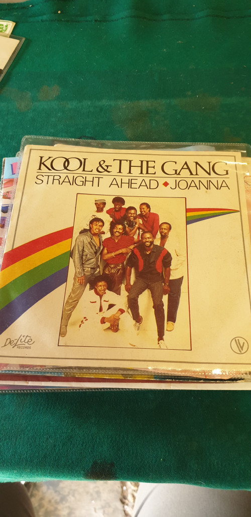single, kool en the gang,straight ahead, joanna