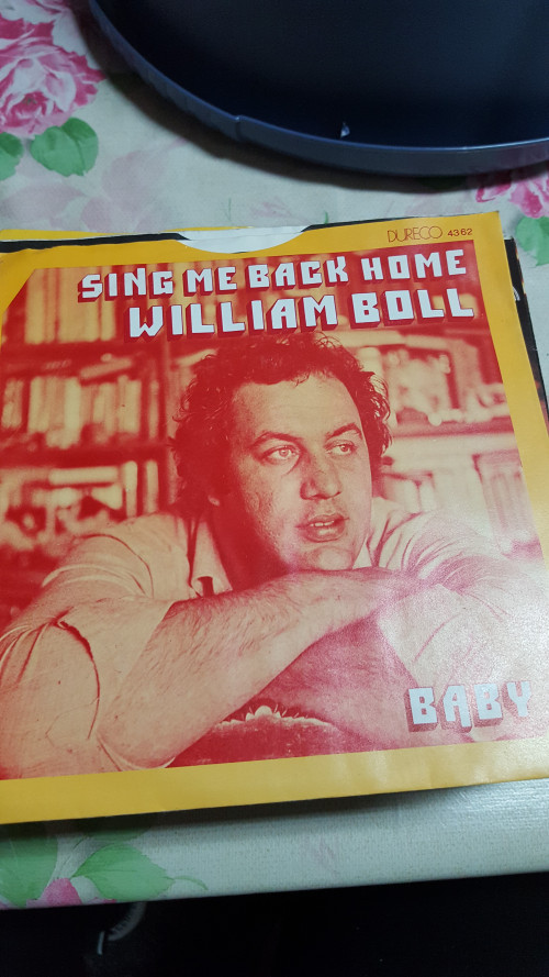 single sing me back home, william boll